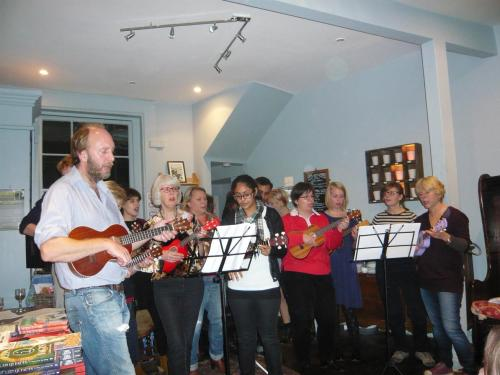Danny and the ukulele ladies